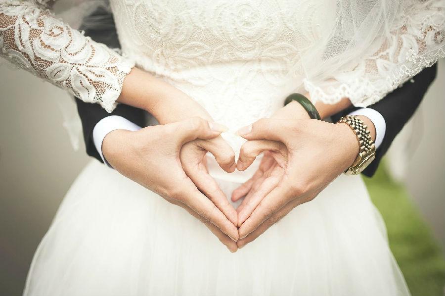 我国结婚率创历史新低.png