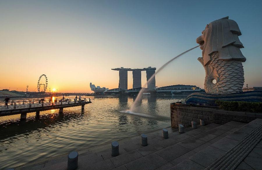 新加坡,香港和巴黎登顶生活最昂贵城市榜单.png