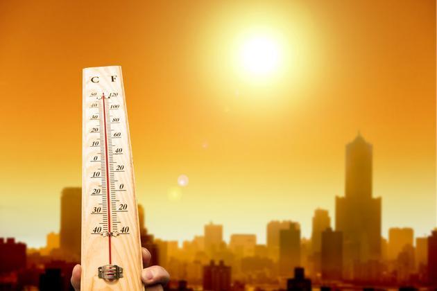 美国创纪录高温比低温多2倍.jpg