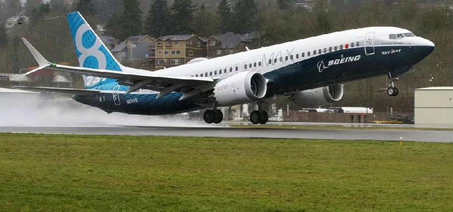 波音737 MAX飞机.jpg
