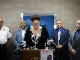 热衷于伸张正义的非裔女检察官—詹妮弗·韦伯·麦克雷.jpg