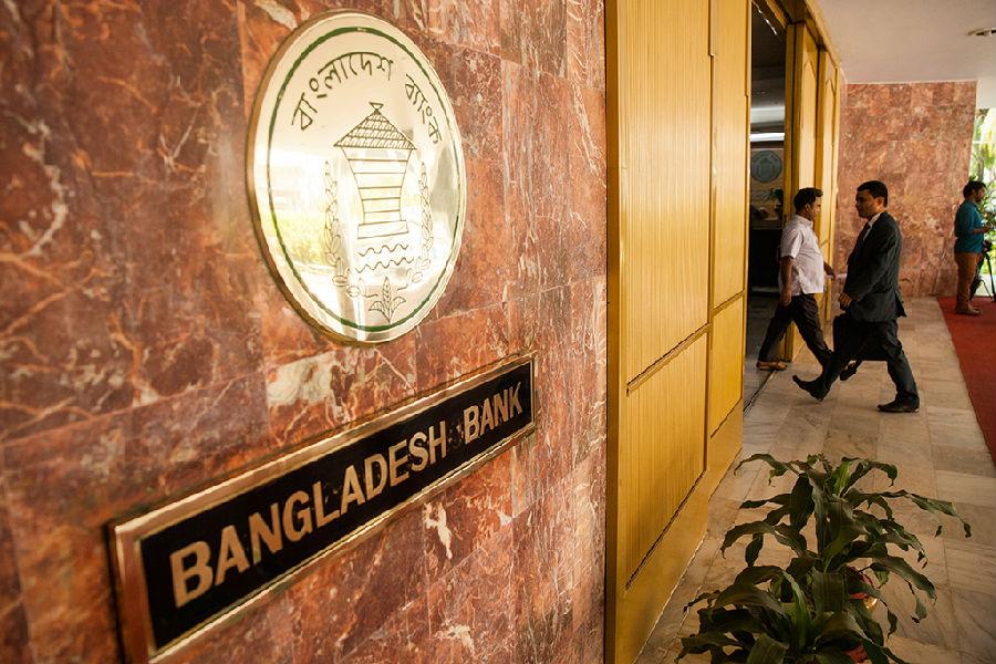 伊斯兰银行:政变之后(2).jpg