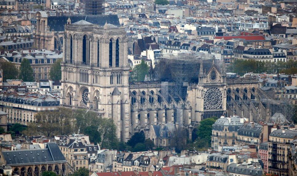 巴黎圣母院即将重建.jpg