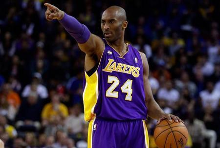 科比:致我最爱的篮球.jpg