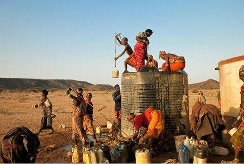 安哥拉缺乏洁净水.jpg