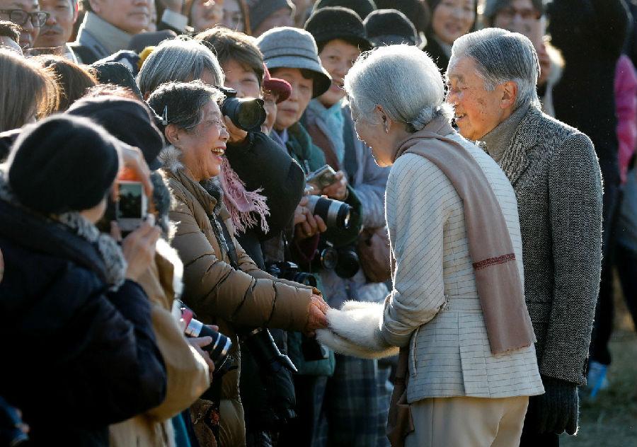 日本78岁婆婆跟拍皇室26年.jpg