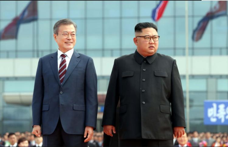 朝鲜试射导弹回应美韩联合军演.png