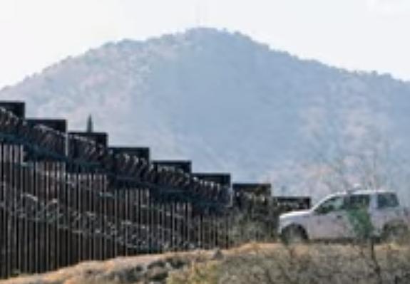 美国计划派遣安全人员至美墨边境.png