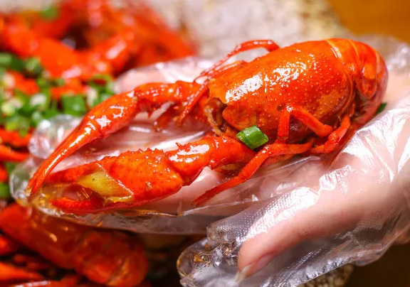 你愛吃的小龍蝦 英語可不叫small lobster