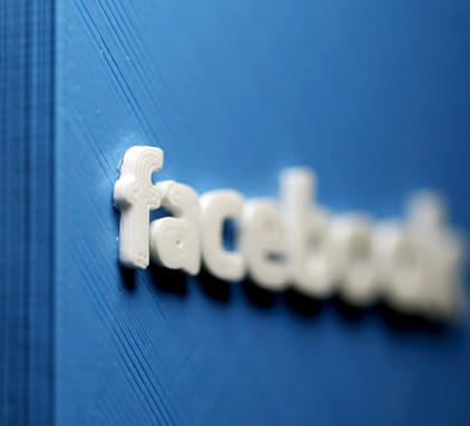 Facebook的股东希望扎克伯格下台.jpg