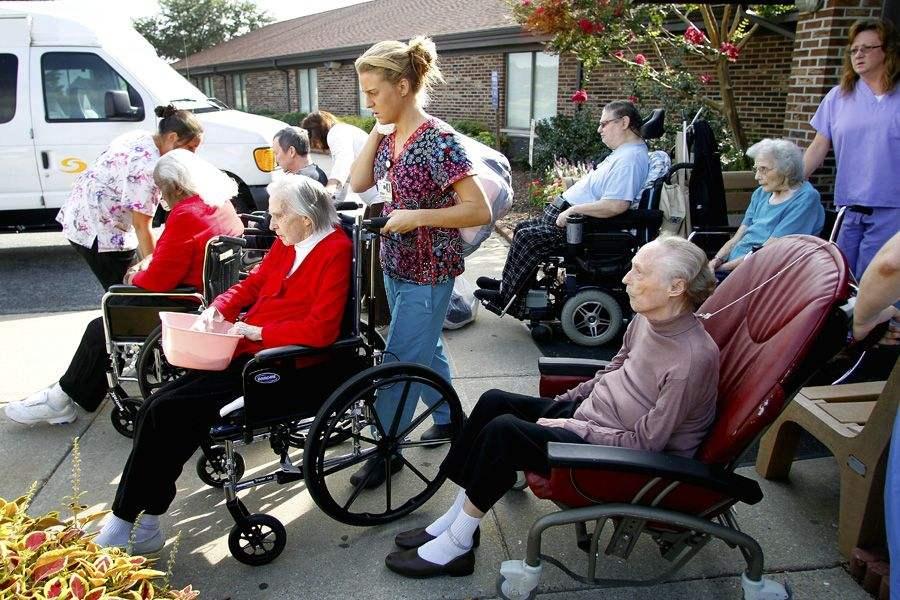 美国人口老龄化致劳动力萎缩.jpg