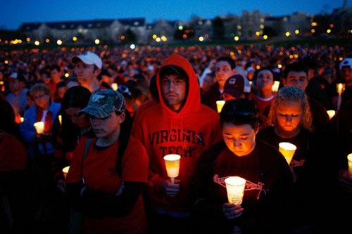 为枪击案受害者祈祷.jpg