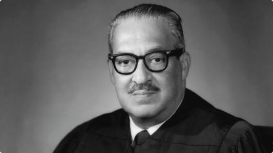 首位黑人最高法院大法官—瑟古德·马歇尔.jpg
