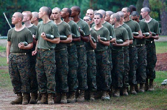年轻人太胖致美国参军数量锐减.jpg