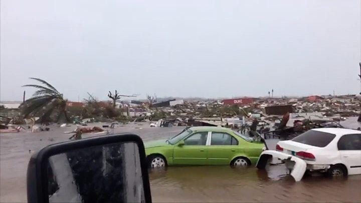 强飓风多里安登陆巴哈马.jpg