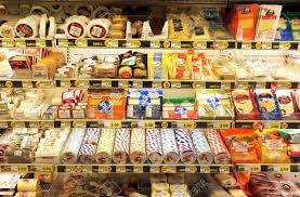 法国超市里的奶酪