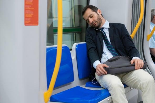 摇晃有助于睡眠.jpg