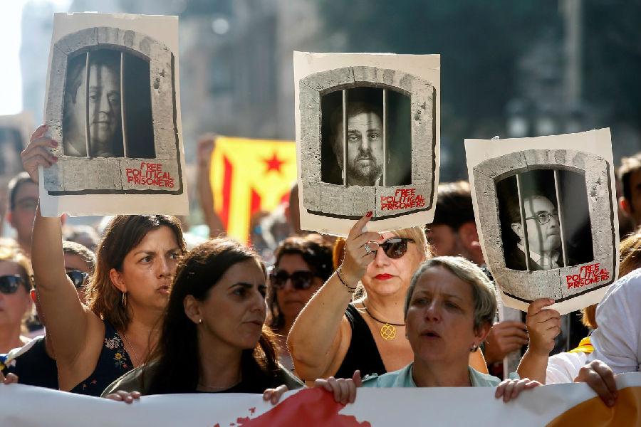9名加泰罗尼亚分裂主义者获刑.jpg