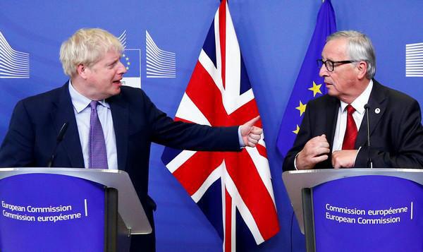 """英国与欧盟达成""""脱欧""""新协议.jpg"""