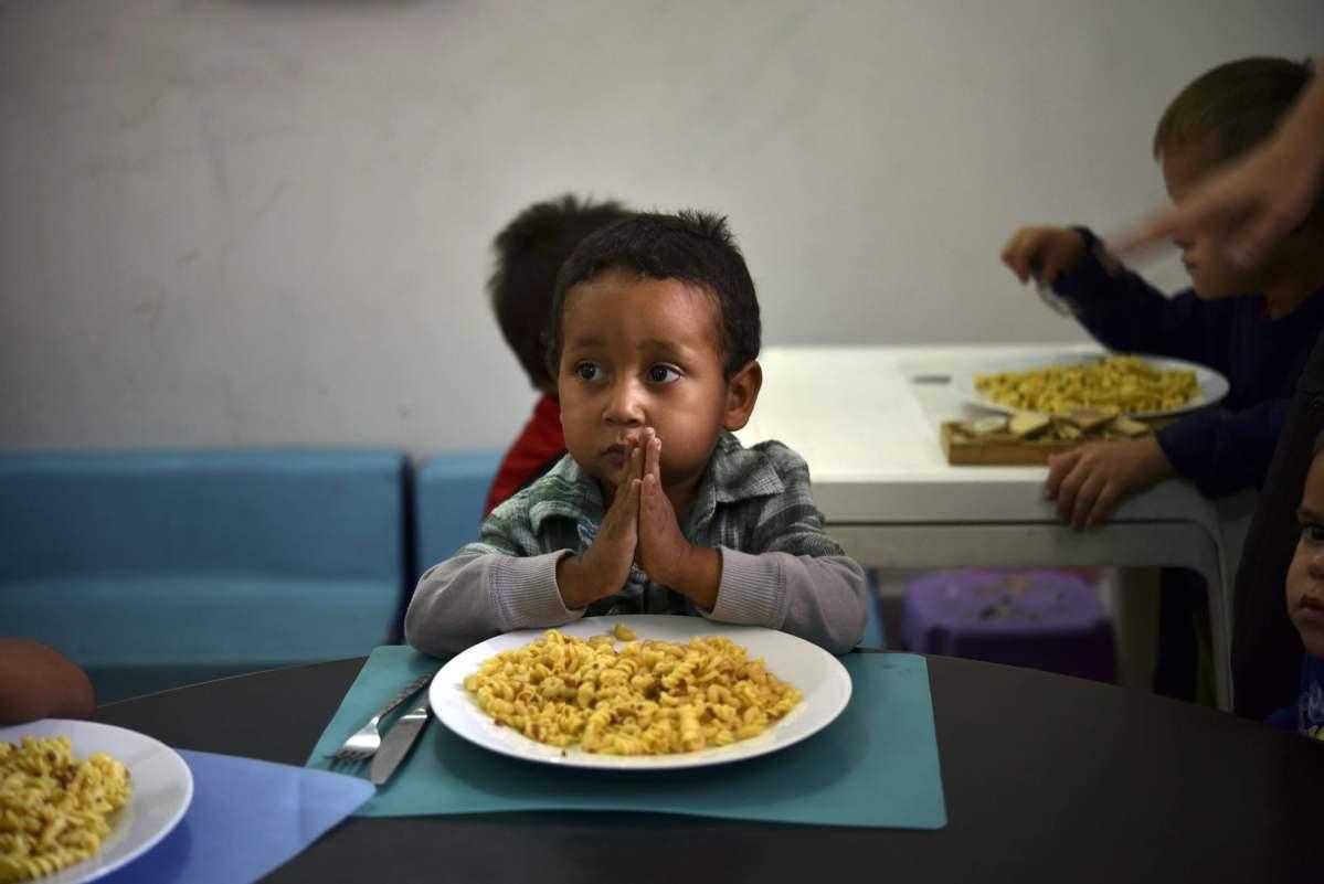 全球三分之一的兒童營養不良或過胖.jpeg