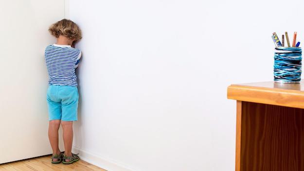 暂时隔离法不会伤害孩子身心健康.jpg
