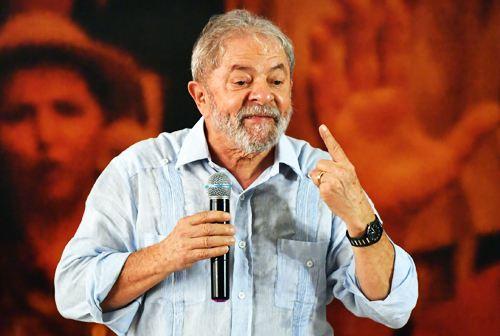 巴西前总统卢拉入狱还是竞选?.jpg