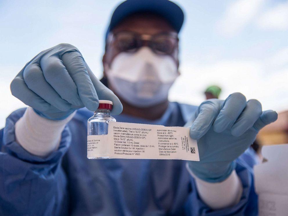 首款埃博拉疫苗获批上市.jpg
