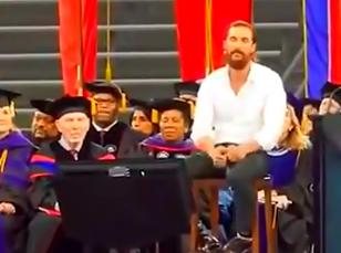 马修·麦康纳2015休斯顿大学毕业演讲