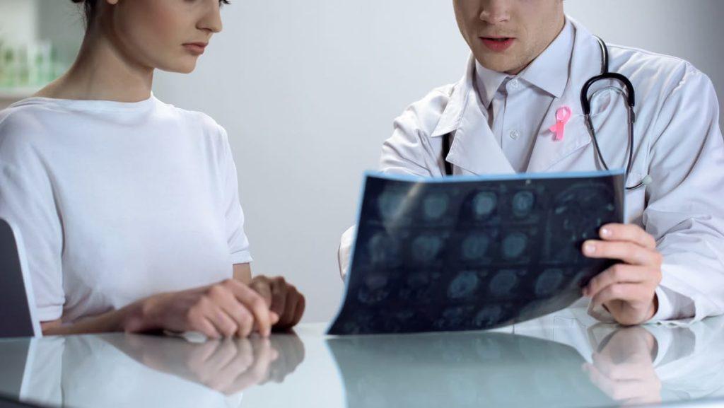 現在AI診斷乳腺癌比人厲害.jpg