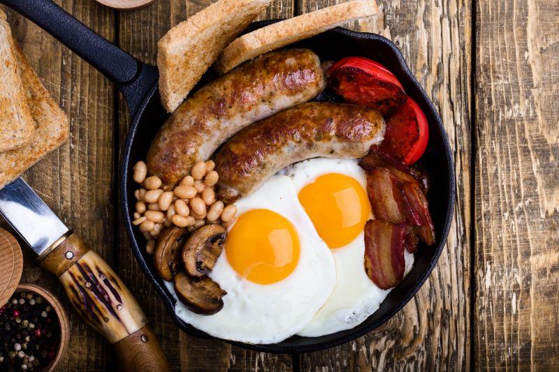 早餐吃飽、晚餐吃少有助減肥.jpg