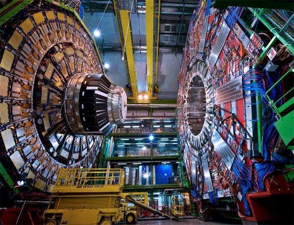正负质子对撞机.jpg