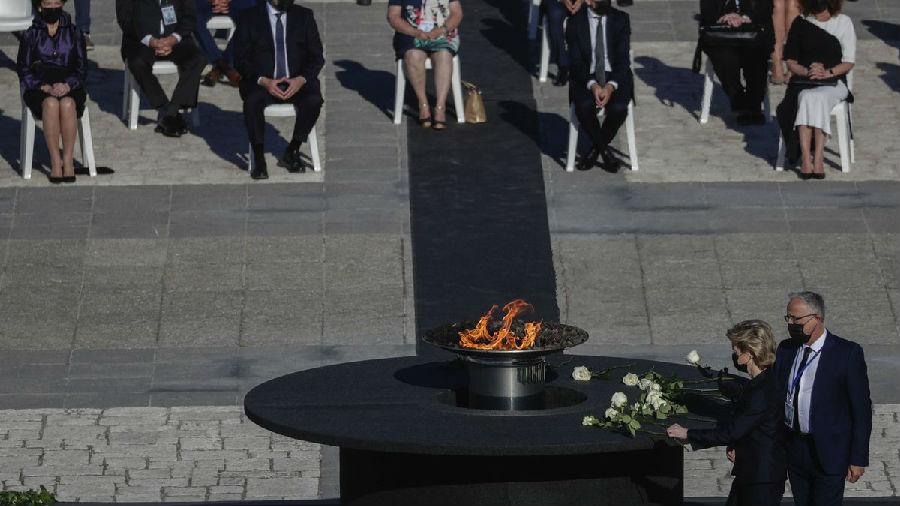 西班牙为新冠病亡者举行国家纪念仪式