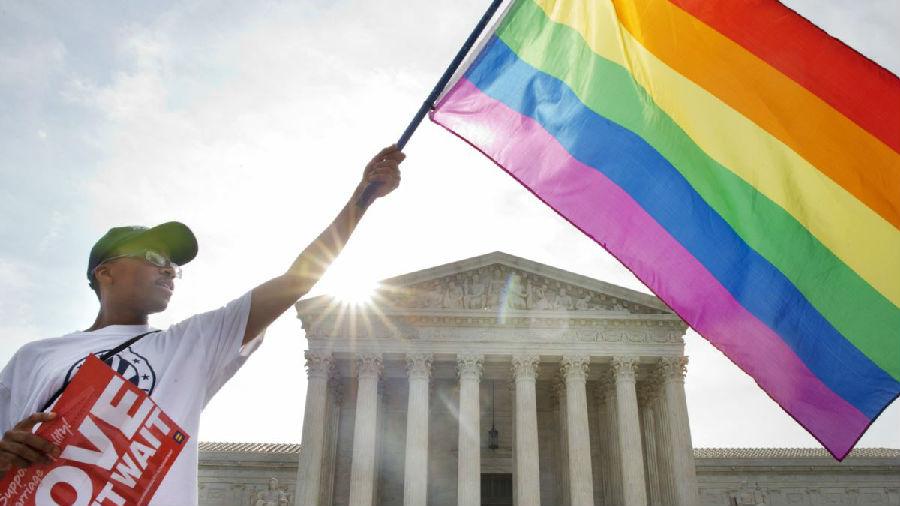 美国同性婚姻合法后同性婚姻剧增.jpg