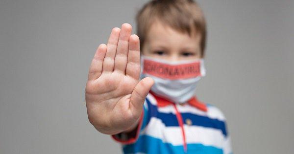 美國超100萬兒童感染新冠病毒.jpg