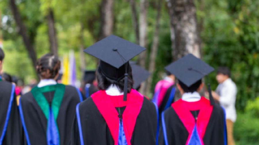 明年高校毕业生达910万.jpg