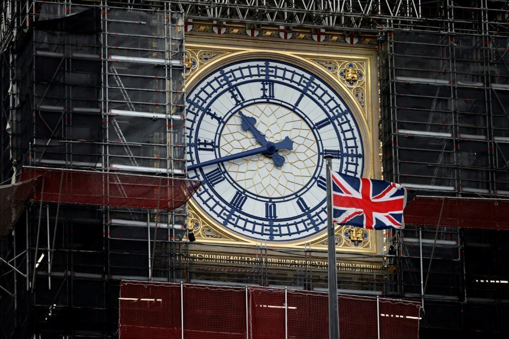 Pound-Rises-On-Brexit-Talks-Extension-Stocks-Mixed-–-Jaweb.jpg