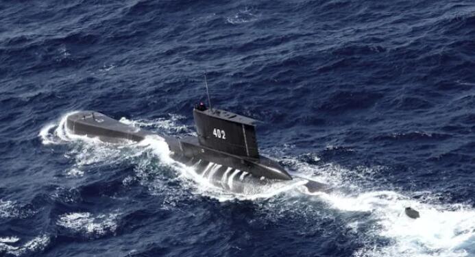 印尼搜寻载有53名船员的失踪潜艇.jpg