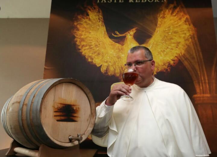 """比利时修道士""""复兴""""失传220年的啤酒.jpg"""