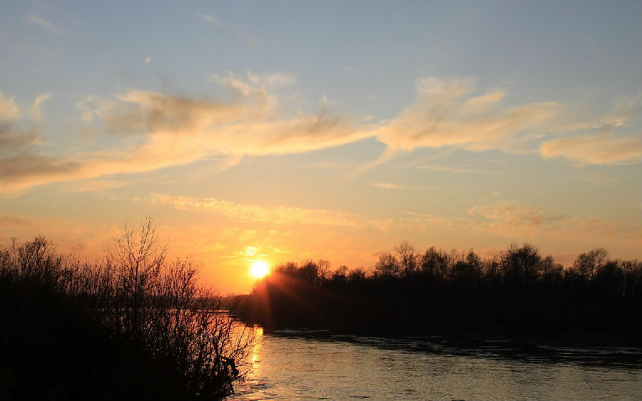 535308-sunset-sunrise-nature-sun-sky-beautiful.jpg